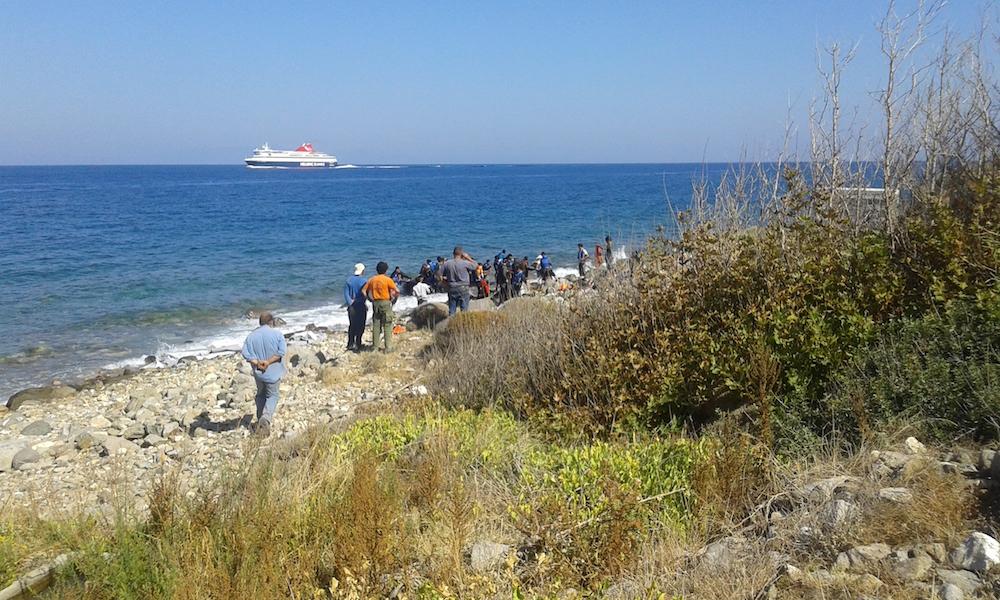 Dit blog is geschreven op Samos, waar vandaag, zoals elke dag, ook weer boten met vluchtelingen aankwamen.
