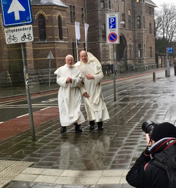 Religieuzen over generaties in het klooster
